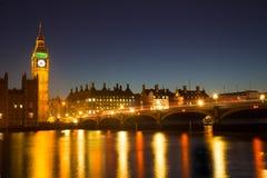 Westminster på natten Royaltyfri Bild