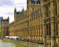 Westminster palace overlooking the thames Royalty Free Stock Photos