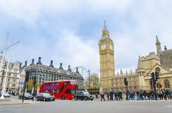 Westminster-Quadrat und großer Ben Tower, Großbritannien Lizenzfreies Stockfoto