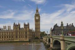 Westminster y Ben grande Foto de archivo