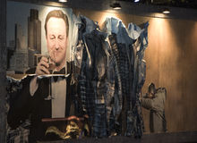 WESTON-ΈΞΟΧΟΣ-ΦΟΡΑΔΑ, UK - 21 ΣΕΠΤΕΜΒΡΊΟΥ 2015: Dismaland, Banksy μέσα Στοκ εικόνα με δικαίωμα ελεύθερης χρήσης