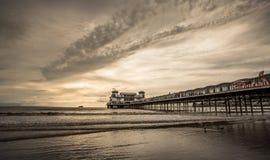 Weston Super Mare Somerset, berömd pir royaltyfria foton
