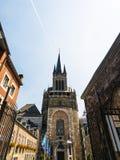 Westturm von Aachen-Kathedrale Stockfotografie