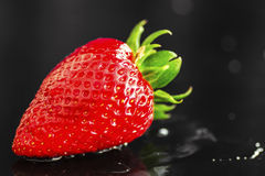 Wet Strawberry Royalty Free Stock Photography