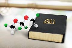 Wetenschap en godsdienst royalty-vrije stock fotografie
