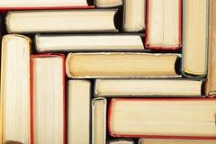 Wetenschap en onderwijs - fragmentgroep kleurrijke boeken abstrac Stock Foto