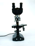 Wetenschappelijke microscoop Stock Foto's