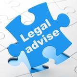 Wetsconcept: Wettelijk adviseer op raadselachtergrond Stock Foto's