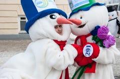 Wettbewerb des neuen Jahres von Schneemännern Stockfotografie