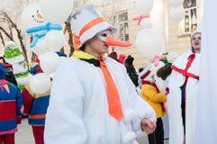 Wettbewerb des neuen Jahres von Schneemännern… Lizenzfreie Stockbilder