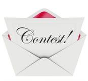 Wettbewerb-Wort-Eintritts-Serienbrief-Umschlag-Einladung zu spielen Stockfotos