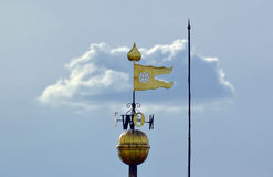 Wetterfahne in einer Flaggenform Stockbild
