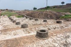 Wetterschächte von Bunkern am Dindigul-Felsen-Fort lizenzfreies stockfoto