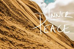 Wewnętrzny pokoju Handwriting motto Na A fotografii fotografia royalty free
