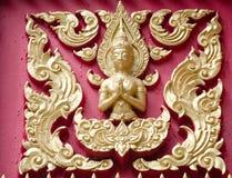 Wewnątrz na Buddyjskiej świątyni złoty deseniowy cyzelowanie Zdjęcie Royalty Free