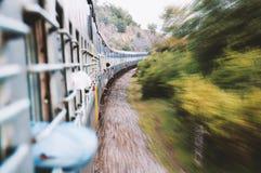 wewnętrzna mknięcia pociągu podróż Obrazy Royalty Free