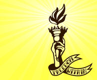 Wewnętrzna wolność: tatuażu projekt trzyma płomienną swobody pochodnię ręka Zdjęcie Stock