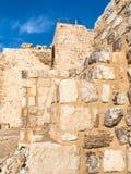 Wewnętrzne ściany średniowieczny Kerak roszują w Jordania zdjęcia stock