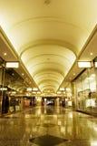 wewnętrzne centrum zakupy Zdjęcie Royalty Free