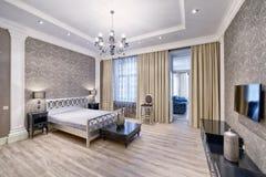 Wewnętrznego projekta piękna sypialnia w luksusu domu Zdjęcie Royalty Free