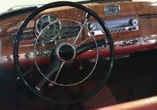Wewnętrzny antyczny samochód obrazy stock
