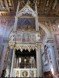 Wewnętrzny bazyliki San Juan De letrà ¡ n jest starym kościół w świacie italy Roma zdjęcia stock