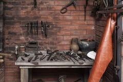 Wewnętrzny kuźnia początku przeciw XIX - błaga XX wiek w muzeum miasto ciągniki Cheboksary, Chuvash republika, Rosja 06/05 Obraz Stock