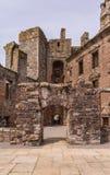 Wewnętrzny podwórze Caerlaverock kasztel, Szkocja UK zdjęcie royalty free