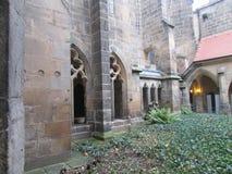 Wewnętrzny podwórze królewski kasztel w kamieniarzie obraz royalty free
