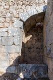 Wewnętrzny podwórze lokalizować w Górnym Galilee w północnym Izrael na granicie z Liban nemroda forteca obraz royalty free