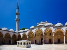 Wewnętrzny podwórze Suleymaniye meczet, Istanbuł zdjęcia royalty free