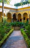 Wewnętrzny podwórze w Istnym Alcazar w Seville, Hiszpania zdjęcia royalty free