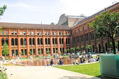 Wewnętrzny podwórze Wiktoria i Albert muzeum obrazy royalty free