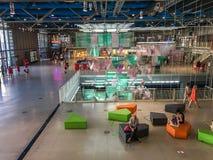 Wewnętrzny recepcyjny teren Pompidou centrum, Paryż, Francja obraz royalty free