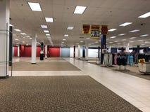 Wewnętrzny sklepu przymknięcie w centrum handlowym Obrazy Royalty Free