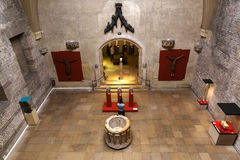 Wewnętrzny widok Musee obywatel Du Moyen Starzejący się w Paryż, Francja obrazy royalty free