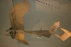 Wewnętrzny widok Niemiecki muzeum technologia która zakładał w 1982 i eksponuje starego samolot Zdjęcia Stock
