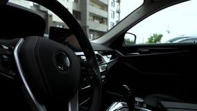 Wewnętrzny widok nowożytny luksusowy samochód zdjęcie wideo