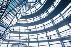 Wewnętrzny widok sławna Reichstag kopuła w Berlin, Niemcy Obrazy Royalty Free