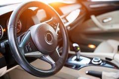 Wewnętrzny widok samochód z luxery beżu salonem Obraz Royalty Free