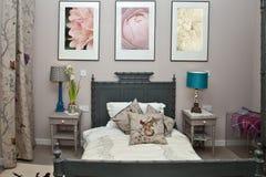 wewnętrzna sypialni gablota wystawowa obraz stock