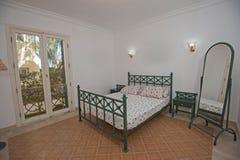 Wewnętrzny projekt sypialnia w domu Fotografia Royalty Free