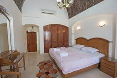 Wewnętrzny projekt sypialnia w domu Zdjęcia Royalty Free