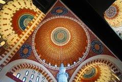 Wewnętrzny widok mozaika sufit Mahomet Amin meczet, Bejrut, Liban Obrazy Stock