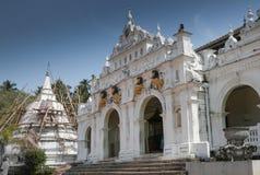 Wewrukannala Boeddhistische Tempel in Sri Lanka Stock Fotografie