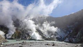 Whakaari of het Witte meer van de Eilandkrater in Nieuw Zeeland royalty-vrije stock foto