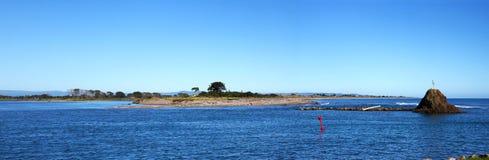Whakatane hamnpanorama Arkivbilder