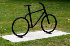 Schwarzes Fahrrad Stockfotografie