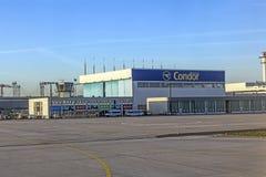 Wharft de condor à l'aéroport principal de Rhein Photos stock