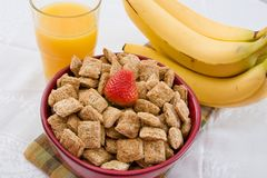 Free Wheat Squares, Orange Juice And Bananas Royalty Free Stock Images - 6068969